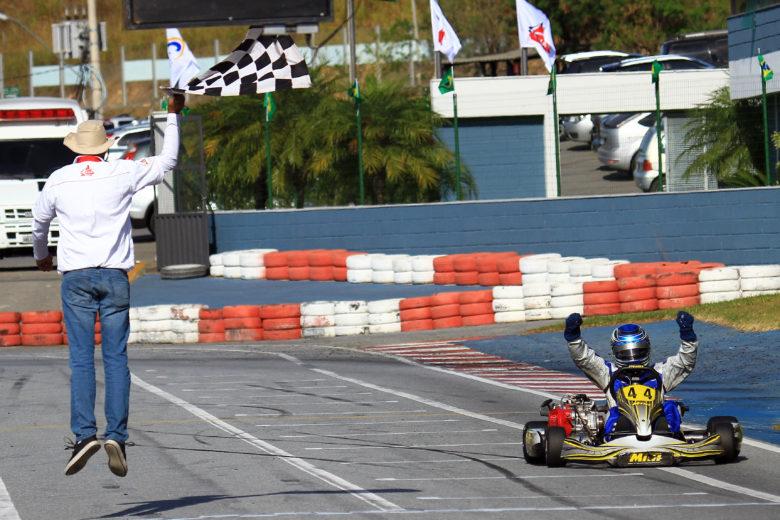 Muita festa e belas disputas na Final do Mineiro de Kart